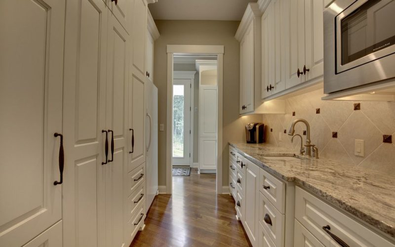 213298-ff_butlers-pantry